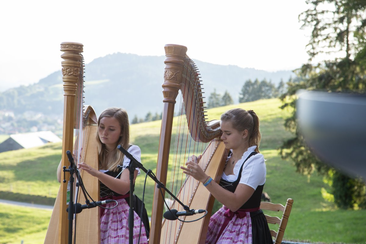 Das Harfenduo bei Kultur am Berg 2019