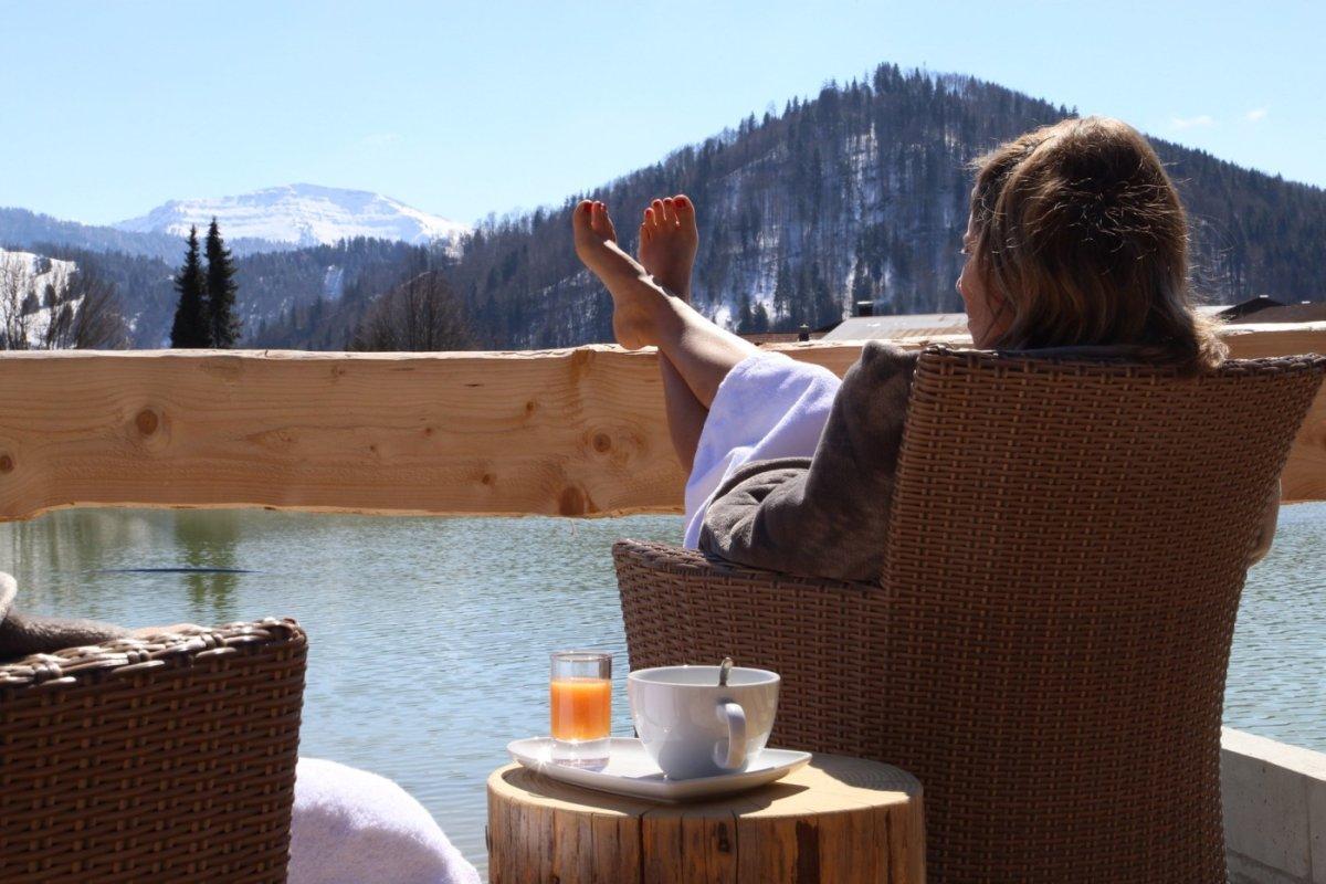 Berge, Wasser und Entspannung. Alles auf einmal im Kurhotel Haubers in Oberstaufen im Allgäu.