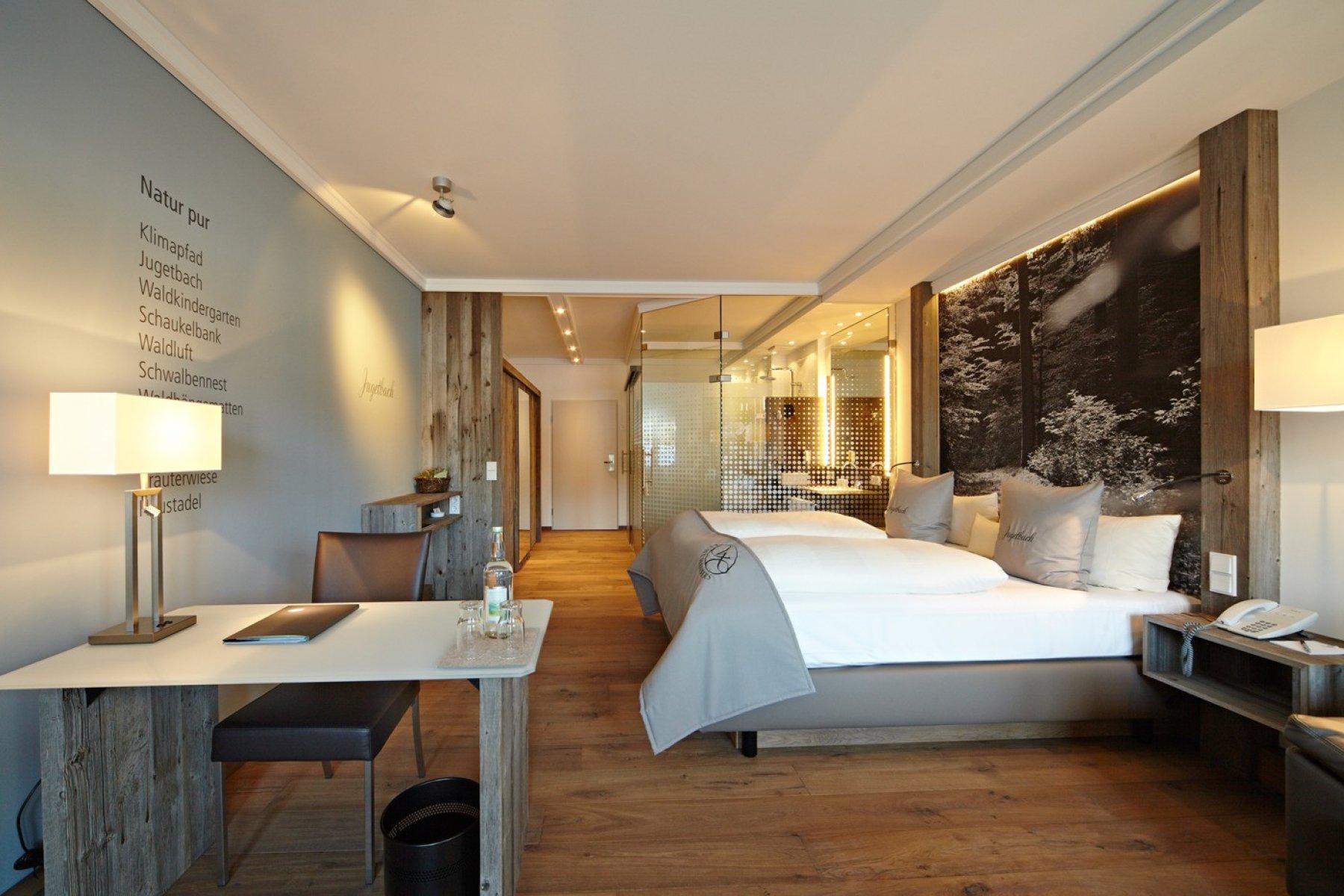 Großzügig, klares Design, hoher Wohnkomfort