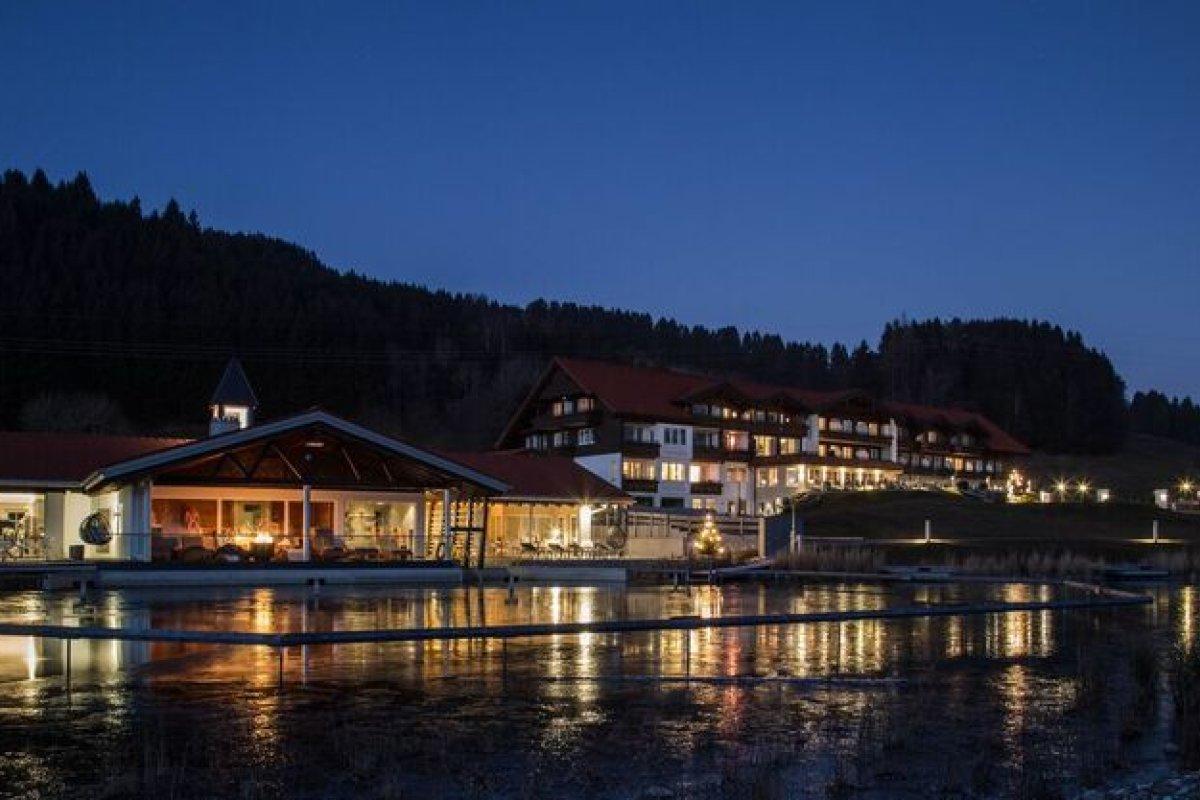 Besonders schön ist die Nachtstimmung am See.
