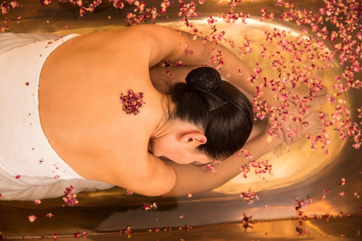Rosenblütenbad