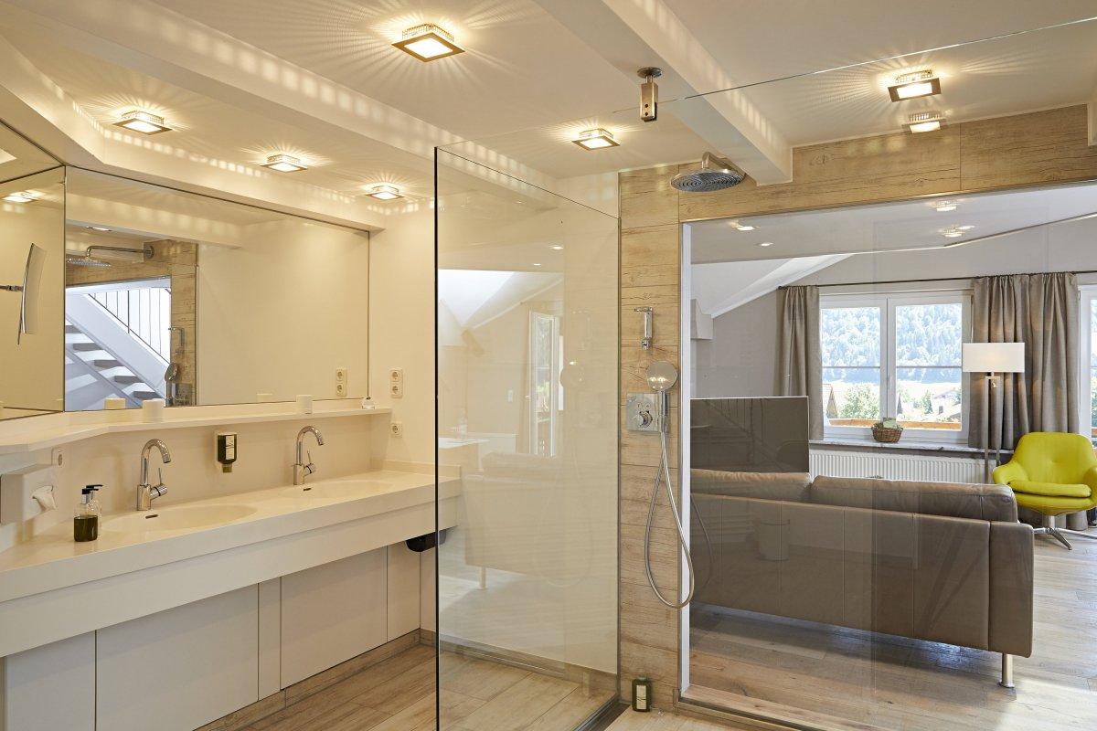 exklusive themenzimmer entdecken 4 s hotel haubers. Black Bedroom Furniture Sets. Home Design Ideas