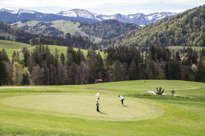 Golfen Frühjahr-78812 25. April 2019