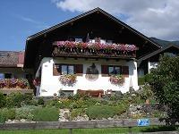 Ferienhaus Almfrieden im Sommer