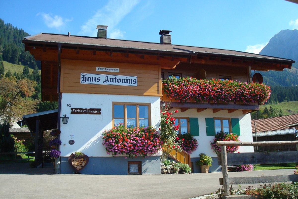 Haus Antonius 2 F✷✷✷ im Sommer
