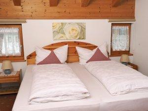 Doppelschlafzimmer mit Boxspringbetten