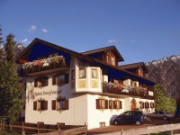 Frühjahr Haus Bergfreund