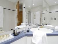 Klein, aber oho: die Aufteilung im Badezimmer