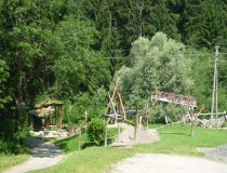 Neander-Tal-Spielplatz am Felsenbad