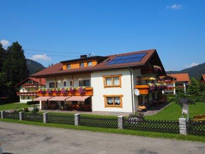 Haus Luise im Sommer