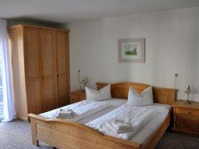 Schlafzimmer 2 mit Balkon