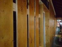 Erste Bretterlage für den Holzschirm