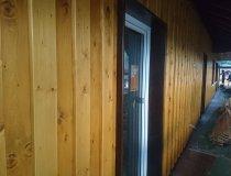 Zweite Bretterlage für den Holzschirm