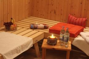 Sauna mit Ruheliegen