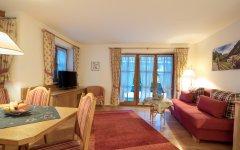 Alpenrose: Wohnzimmer