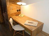 Schreibtisch FW 9