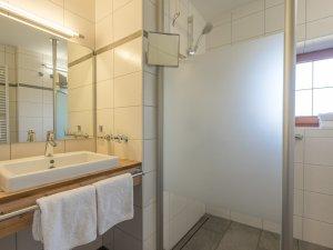 Ferienwohnung  11 - Badezimmer