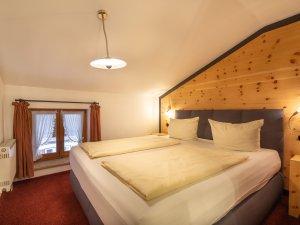 Gästehaus Sinz - Wohnung 10 / Schlafzimmer