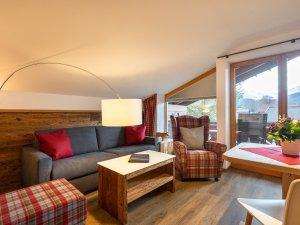 Gästehaus Sinz - Wohnung 8 - Wohnzimmer