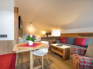 Gästehaus Sinz - Wohnung 8 - Esszimmer