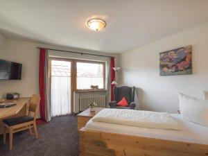 Gästehaus Sinz - Zimmer 15-Wohnbereich