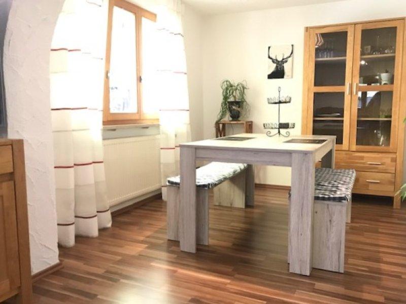 Esszimmer voll ausgestattet und viel Stauraum/ Haus Steiner