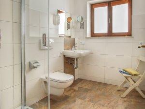 2-Raum  Wohnung  1+2 Badezimmer