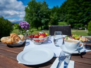 Draußen Frühstücken
