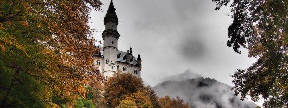 Schloss Neuschwanstein im Herbst