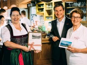 Your host Martina Berktold-Thaumiller (left side)