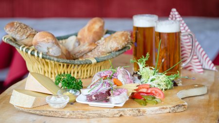 Regional specialties und Bavarian beer