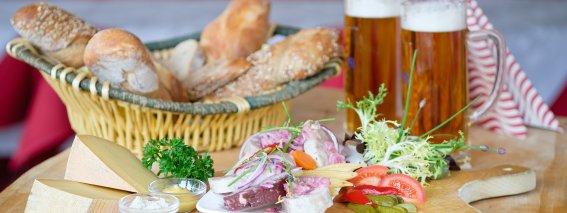 Regional specialties & Bavarian beer