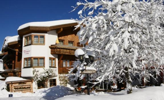 Birgsauer Hof im Winter header