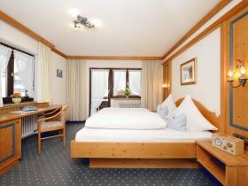 Suite (Kat. Zi. 5) Schlafzimmer