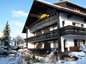 Hotel garni Carola im Winter