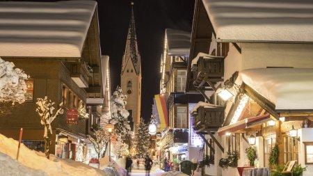 Kirchstrasse am Abend (c) Tourismus Oberstdorf-Eren Karaman