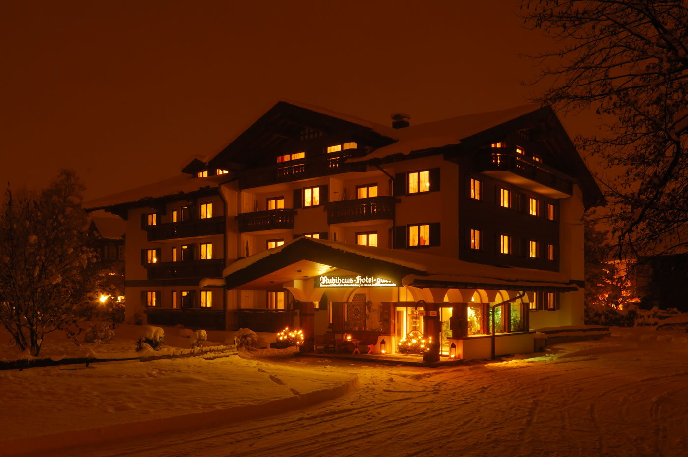 Rubihaus Winter Nacht