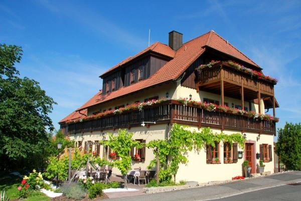 Hotel & Gasthof Rödelseer Schwan