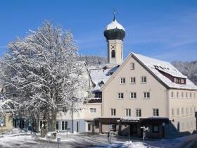 Hotel Lamm im Winterkleid