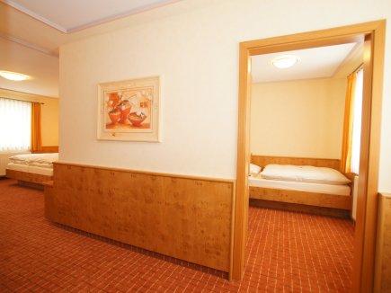 Familienzimmer mit zusätzlichem Schlafzimmer
