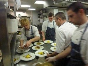 Beim Vorbereiten des Gala-Menüs
