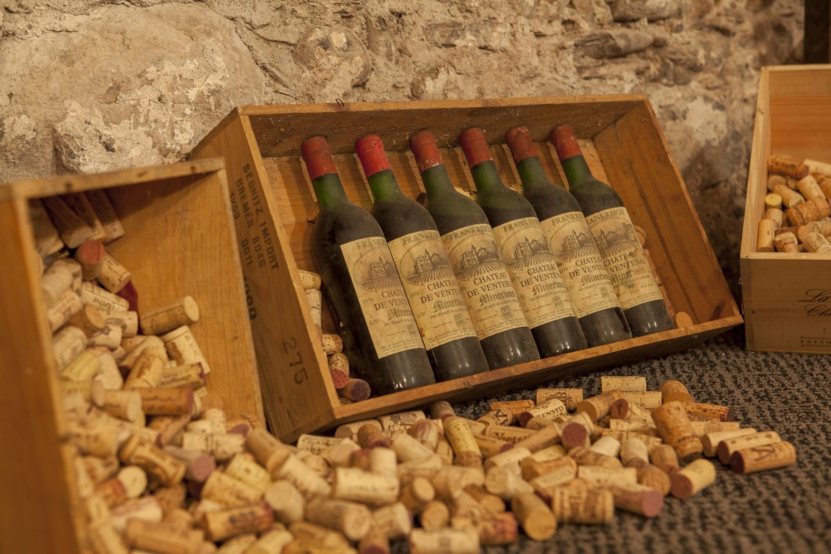 Weinkeller gestalten  Die Weinkarte des Mohren Restaurants: Verborgene Schätze