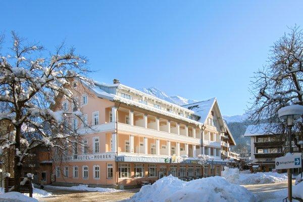 Winterparadies vor der Tür des Hotel Mohrens