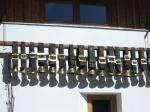 Glocken-Impressionen an einer Käserei im Trettachtal