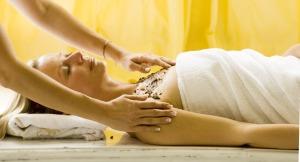 Entspannende Körperbehandlung
