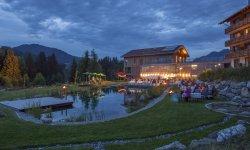 Abendliche Feststimmung am Naturbadesee