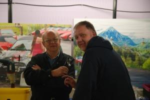 Heinz und Sascha beim Fachsimpeln