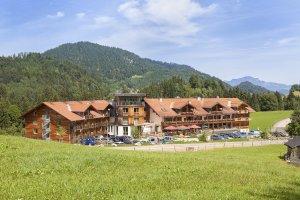 Hotel Oberstdorf bei Sonnenschein