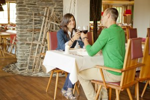 Stilvoll essen im Alpenrestaurant Val di Fiemme