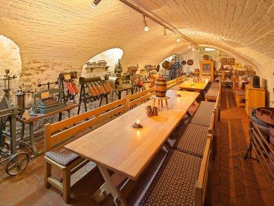Es steckt so viel Tradition und Geschichte in diesem Raum! Unser Kellergewölbe im Brauereigasthof Hotel Post.